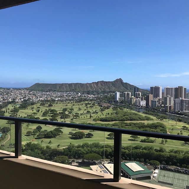 Diamond Head view from Client unit! Beautiful day!#hawaiirealestate #hawaiifudosan#hawaiirealestateagent #hawaiirealtor #ハワイ不動産